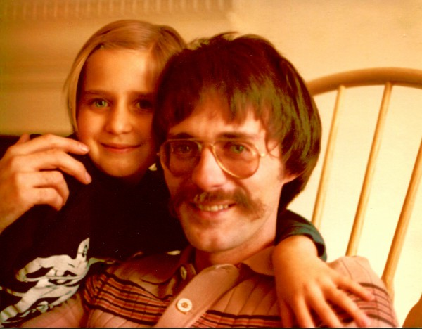 Richard Balthazar with older daughter, 1974